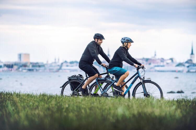 Fahrradfahren hält fit und macht zu zweit auch viel Spaß!